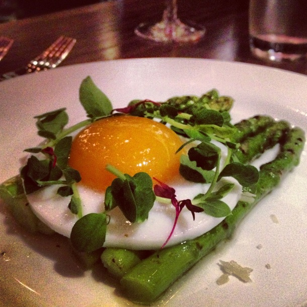 Fresh asparagus with duck egg